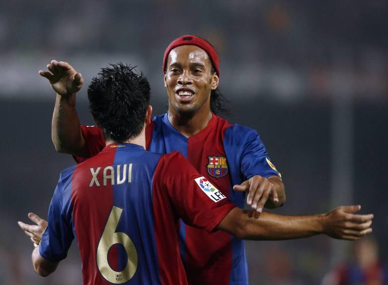 Z początkiem 2018 roku świat obiegła bardzo smutna informacja. Ronaldo de Assís Moreira znany szerzej jako Ronaldinho, zakończył piłkarską karierę. Futbol