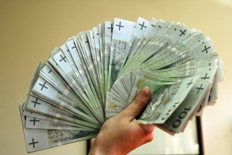 W regionie najwyższe przeciętne zarobki są w Toruniu, ale i tak niższe od średniej w Polsce. Główny Urząd Statystyczny ogłosił dane za rok 2018 dla powiatów