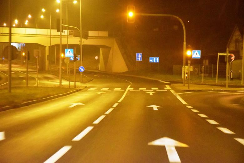 Na terenie Bielska-Białej znajduje się ok. 19 tys. latarni. Gmina Bielsko-Biała jest właścicielem ok 5,2 tys. z nich. Pozostałe sa własnością spółki