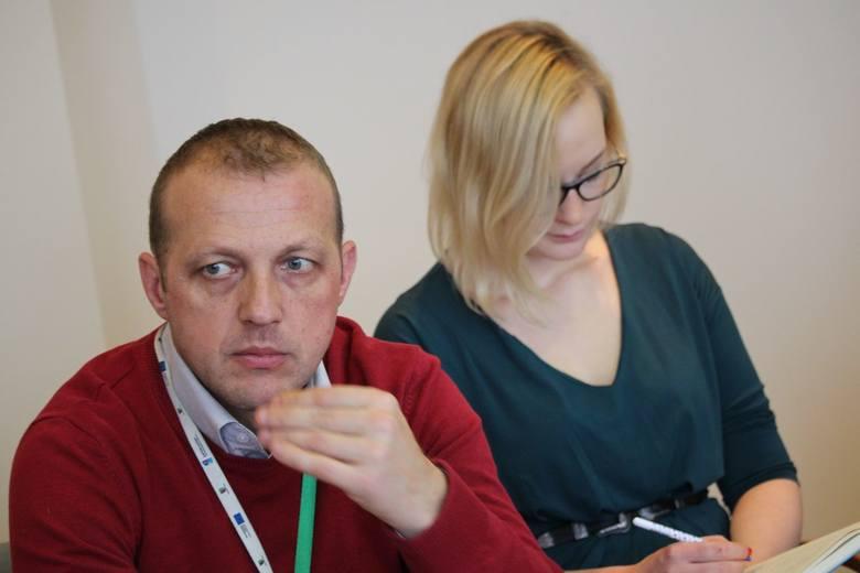 Katarzyna Kaczmarek, asystentka posła Artura Zasady, Bogusław Zaraza z departamentu infrastruktury społecznej urzędu marszałkowskiego w Zielonej Górze.