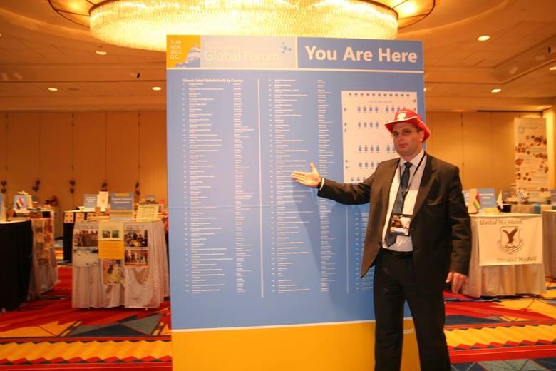 Artur Rudnicki, zastępca dyrektora Zespołu szkół Technicznych w Radomiu, podczas Globalnego Forum w Waszyngtonie.
