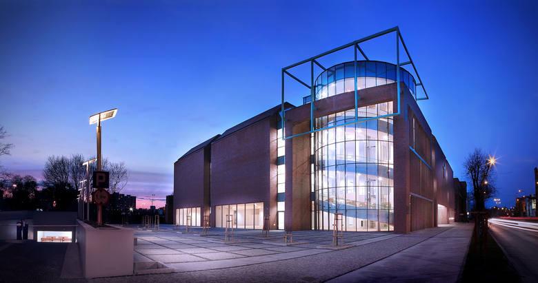 """Centrum Sztuki Współczesnej """"Znaki Czasu"""" w Toruniu powstało w 2008 r. Przez dwa lata zrealizowano tu 30 międzynarodowych wystaw oraz szereg projektów"""