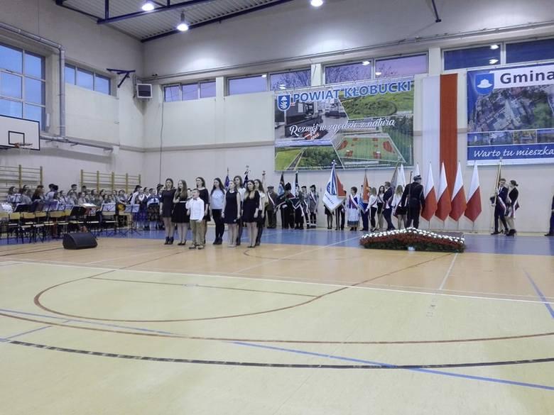 Prezydent Andrzej Duda w Lublińcu, Kłobucku i Herbach w lutym 2019 chwalił program społeczny PiS