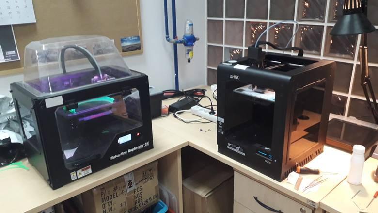 Drukarki 3D - to na nich drukowane są specjalne adaptery