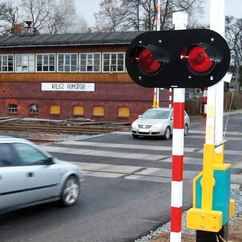 Niedawno zakończył się remont przejazdu kolejowego w Kaliszu Pomorskim. Zamontowane zostały nowe rogatki i sygnalizacja świetlna. To wstęp do modernizacji
