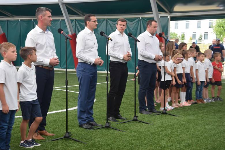 Premier Mateusz Morawiecki w Szkole Mistrzostwa Sportowego w Tychach