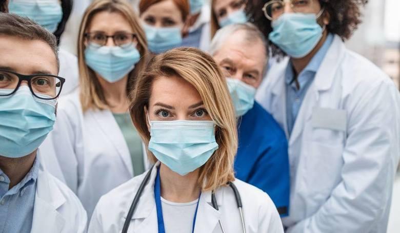Koronawirus w Świętokrzyskiem. 249 nowych zakażeń, 8208 na kwarantannie w poniedziałek, 19 kwietnia. Zobacz, z jakich powiatów [LISTA]
