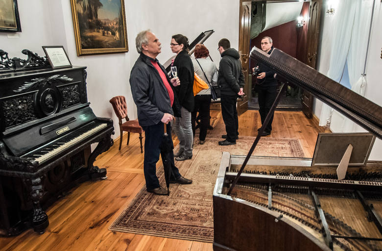 Ostromecka kolekcja fortepianów im. Andrzeja Szwalbego jest jednym z trzech najważniejszych tego typu zbiorów w Polsce.