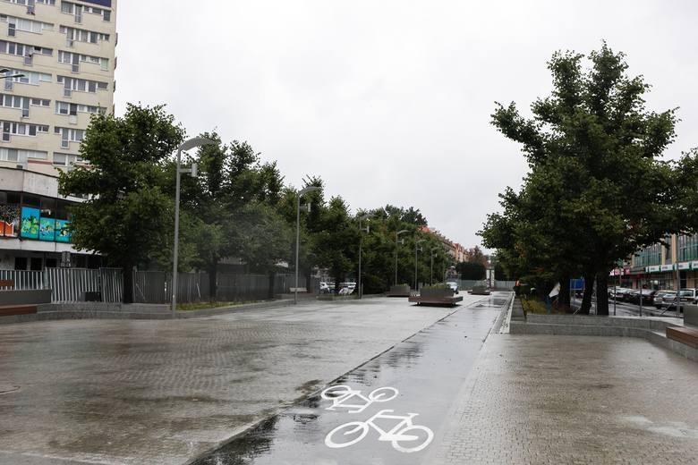 Jak przebiega przebudowa nowego placu (Adamowicza) w Szczecinie? [ZDJĘCIA]