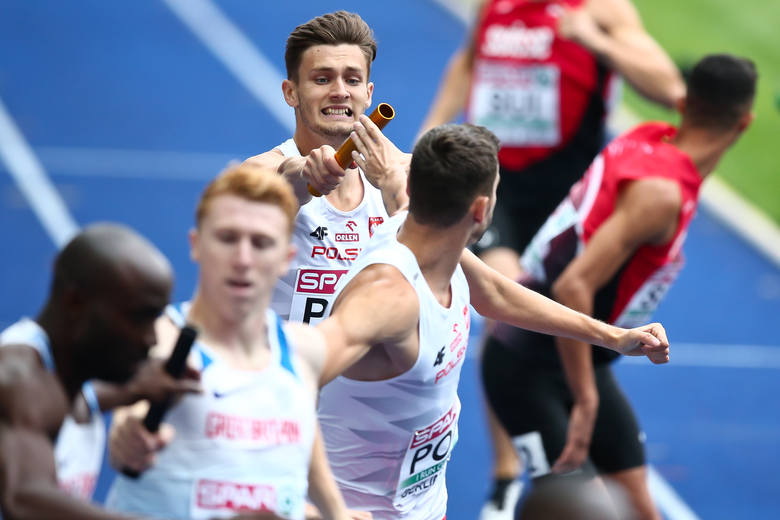 W finale mistrzostw Europy pobiegnie męska sztafeta 4x400, która jednak początkowo awansu nie była pewna. Dariusz Kowaluk, Mateusz Rzeźniczak, Rafał