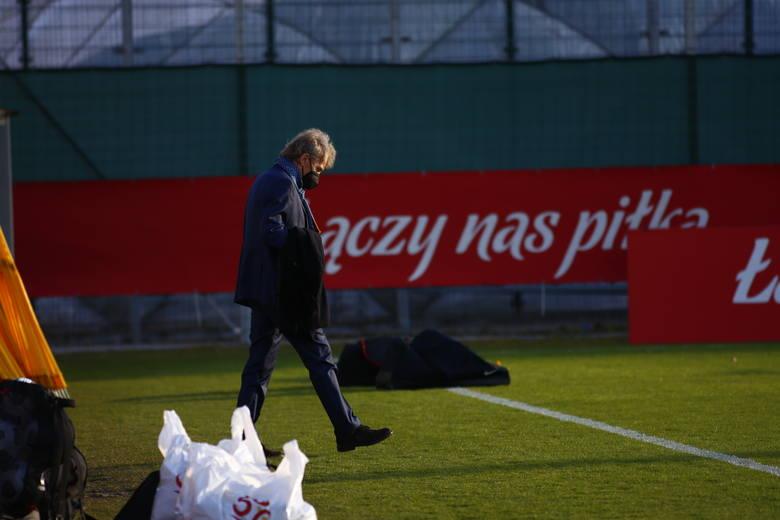 Reprezentacja Polski jest już po pierwszym treningu podczas zgrupowania przed meczami eliminacji mistrzostw świata z Węgrami, Andorą i Anglią. Choć nowym