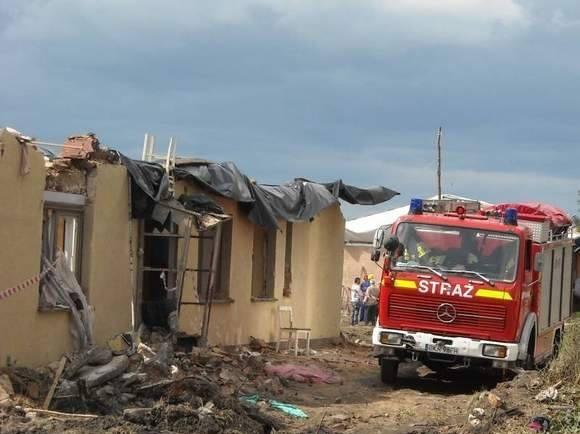 W sierpniu 2008 roku tornado zniszczyło na Opolszczyźnie 150 domów.