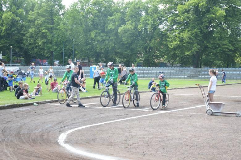 """Piknik """"Sport to Zdrowie"""" zorganizowany przez Rotę dla Rzeczypospolitej"""