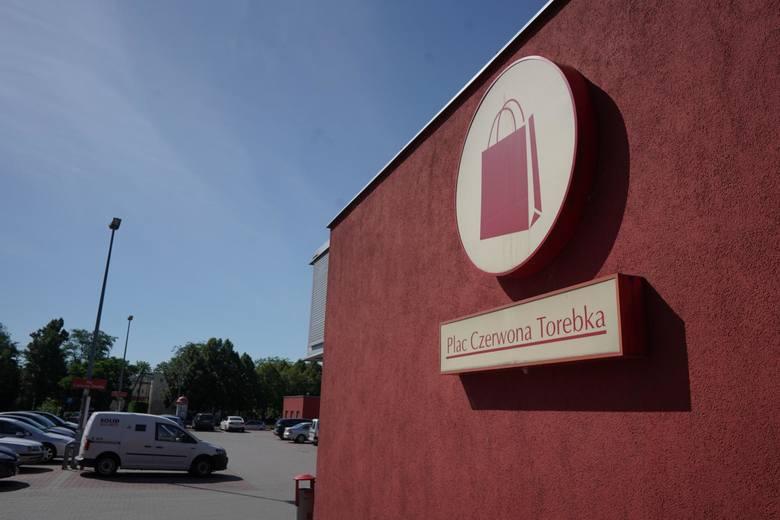 Mariusz Świtalski, jako właściciel spółki Czerwona Torebka, sprzedał sieć sklepów Małpka. Teraz ma coraz większe problemy