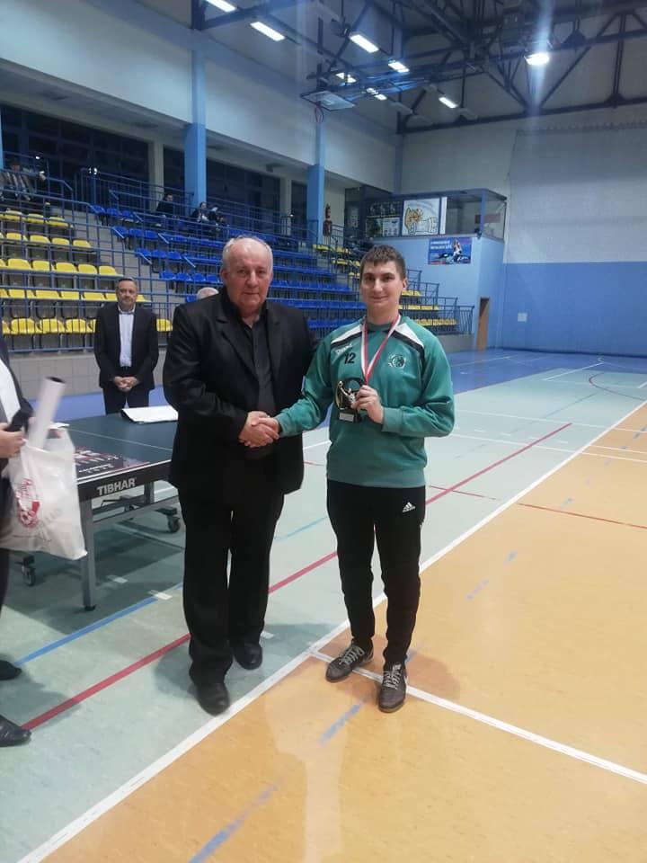 Odbył się 17 Halowy Turniej Piłki Nożnej Seniorów o Puchar Prezesa MLKS Sparta Kazimierza Wielka. Wygrał Sokół Borzęcin Górny (ZDJĘCIA)