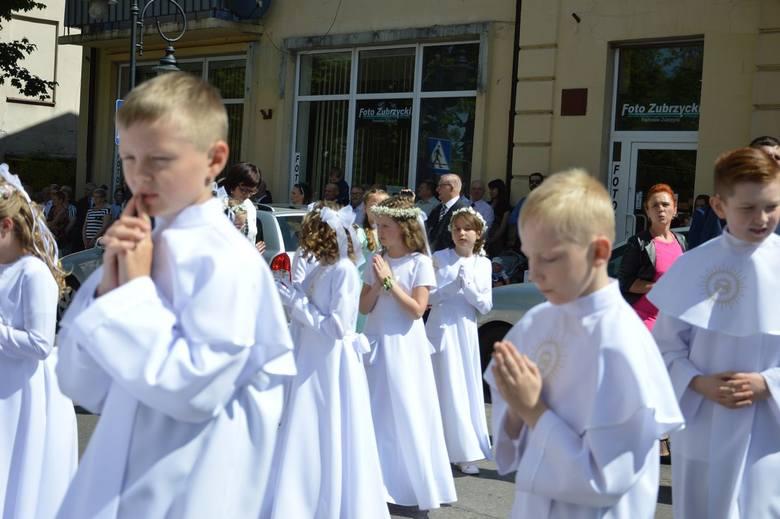 KOMUNIE: I Komunia Święta w parafii św. Jakuba w Skierniewicach