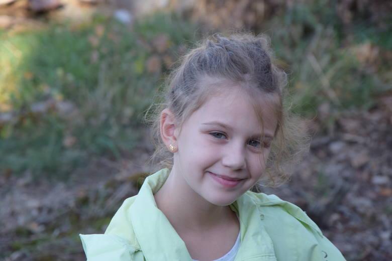 Zatańcz zumbę w Komprachcicach i pomóż Emilce w walce z chorobą genetyczną