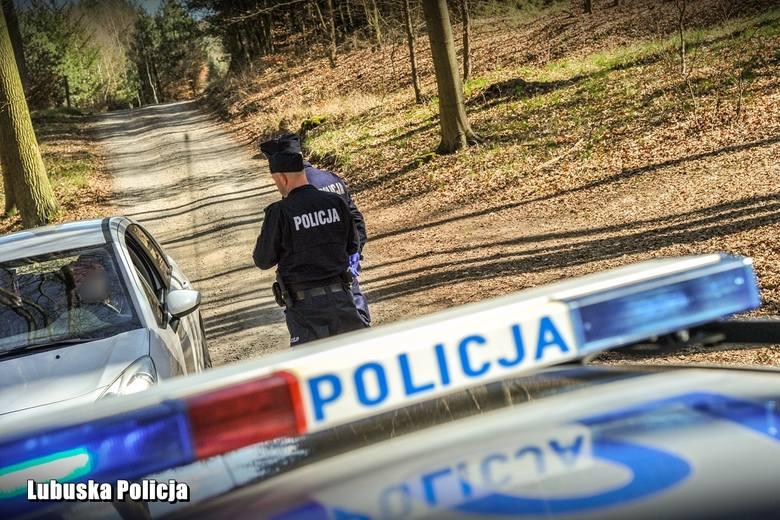 Wzmożone patrole policji kontrolują, jak zakazów na czas walki z epidemią koronawirusa, przestrzegają mieszkańcy Lubuskiego