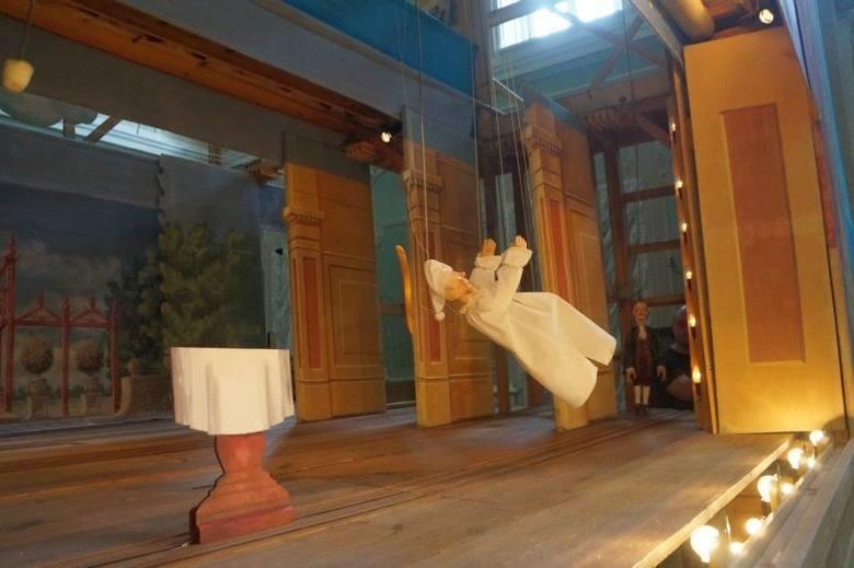 Aula Magna. Opera marionetkowa Kantata o kawie na festiwalu Wschód Kultury/Inny Wymiar (zdjęcia, wideo)