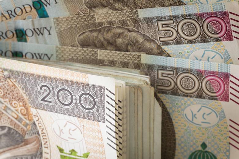 Pożyczył 1500 złotych, musiał oddać 11 tysięcy. UOKIK ostrzega