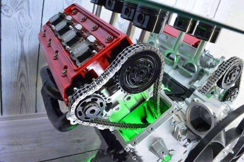Stoliki Z Lamborghini Z Rydułtów Latają Do Bogaczy W