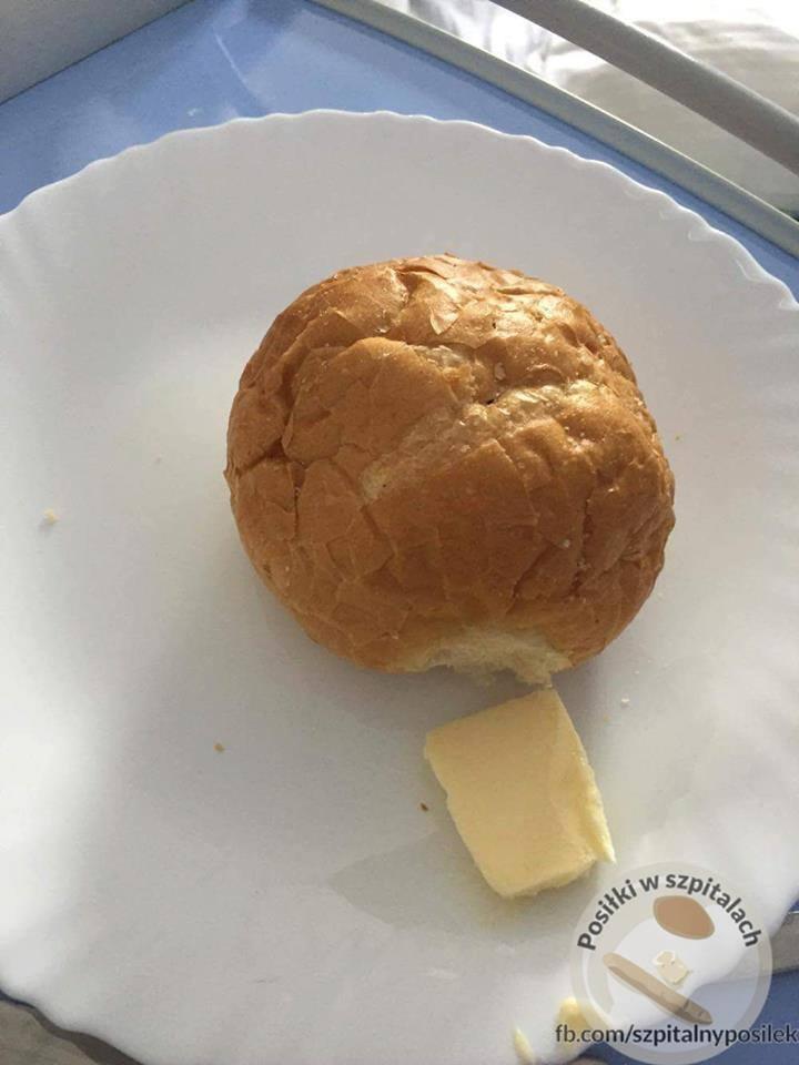 Posiłki w polskich szpitalach. Co trafia na talerze pacjentów? Prezentujemy szokującą galerię powstałą na podstawie zdjęć umieszczonych na Facebooku