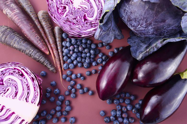 Antocyjany to barwniki obecne w produktach purpurowych, czyli fioletowoniebieskich. Chronią zwłaszcza układ krwionośny i pomagają obniżać poziom glukozy