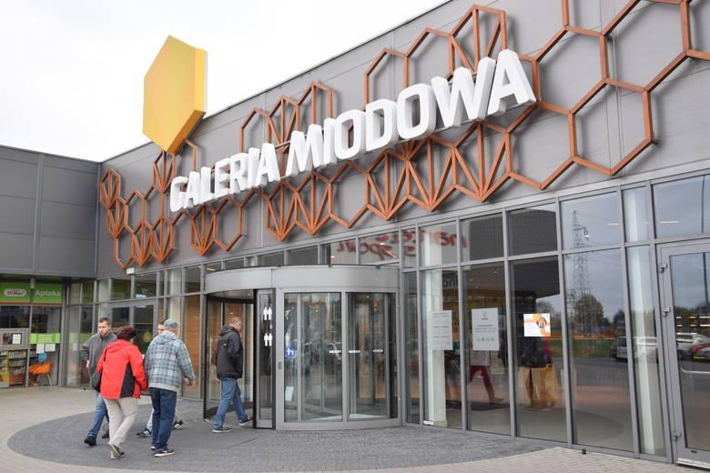 Galeria Miodowa w Kluczborku po rozbudowie.