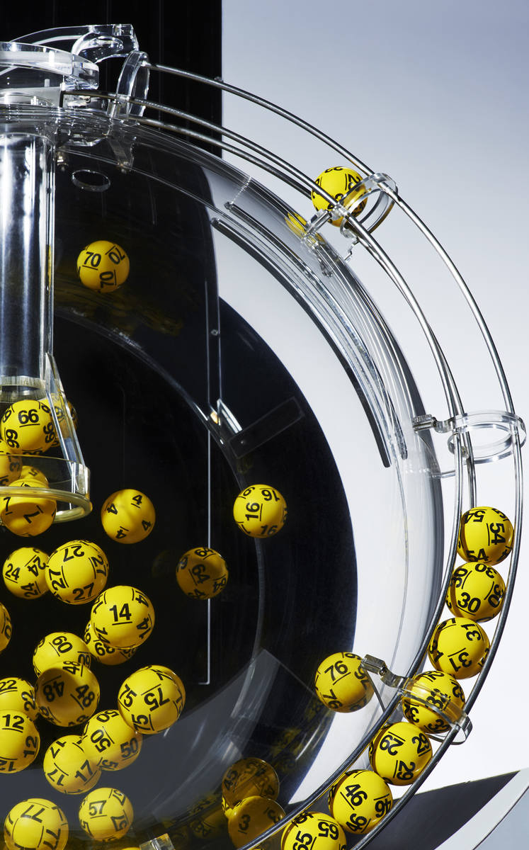 LOTTO WYNIKI 19.11.2019. Duży Lotek - do wygrania dziś 3 mln zł! Losowanie i numery Lotto 19 11 2019. Wyniki Lotto 19 listopada 2019