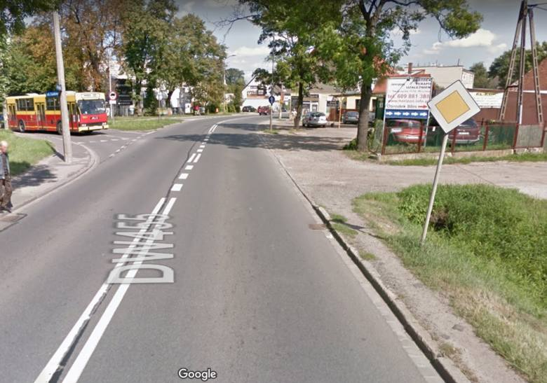 Kilkaset metrów chodników, ścieżka rowerowa i oświetlenie powstaną na Swojczycach. Dwa miesiące później niż planowały, ale Wrocławskie Inwestycje znalazły