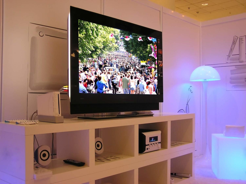 Как онлайн видео в браузере транслировать на экран телевизора с компьютера? 81
