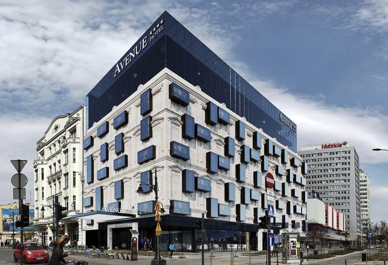 Na działce przy ul. Piotrkowskiej Piotr Misztal chciał wybudować hotel. Ale konserwatorowi zabytków projekt się nie spodobał. Teraz na  działce są suche