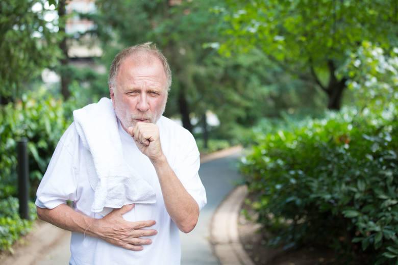 Najczęściej występującym nowotworem u mężczyzn jest rak płuca. To aż 18 procent wszystkich zachorowań na raka wśród mężczyzn.
