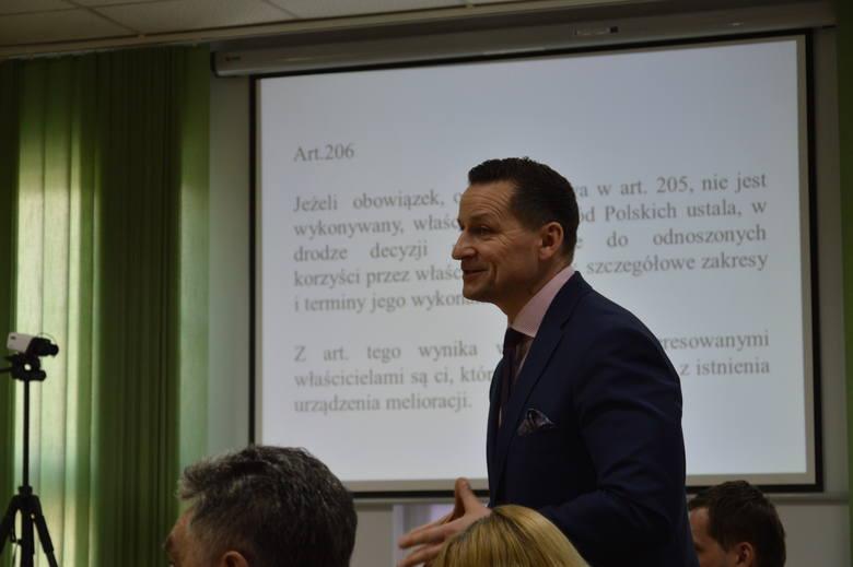 Gmina Żagań.Rowy melioracyjne, susza, ale mnożące się dziki spędzają sen z powiek rolnikom
