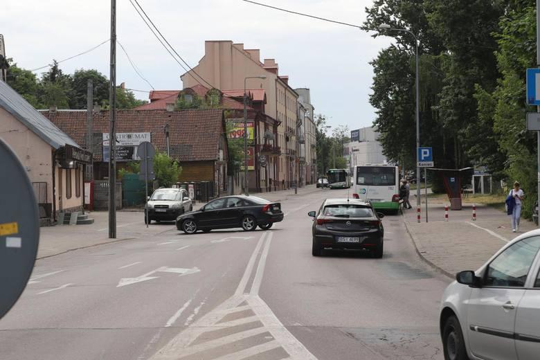 Przebudowa ul. Jurowieckiej w Białymstoku wiąże się z koniecznością wycięcia kilkudziesięciu drzew. Ale tak było też przy innych ulicach