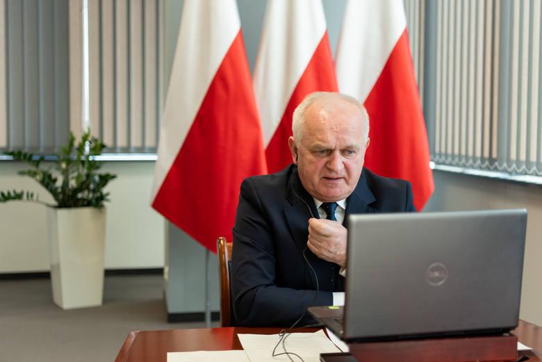 Władysław Dajczak, wojewoda lubuski: - Mamy duży zapas miejsc w szpitalach.