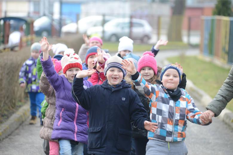 Już w grudniu ma być gotowa ustawa znosząca obowiązek szkolny 6-latków [VIDEO]