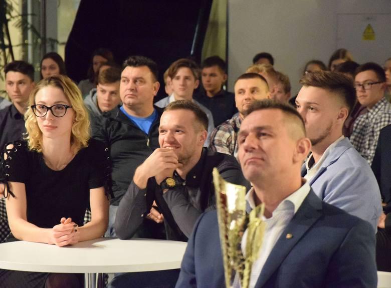 W roku 2018 radomscy lekkoatleci zdobyli 32 medale - 10 złotych, 10 srebrnych i 12 brązowych. >>>  KLIKNIJ NA ZDJĘCIE LUB UŻYJ STRZAŁEK