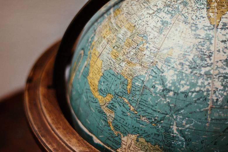 Jak podróżować, by nie rujnować? 10 zasad etycznej turystyki