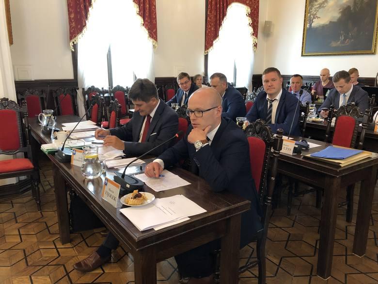 Burzliwa sesja Rady Miasta Rzeszowa.