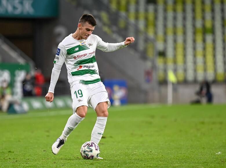 Kto odejdzie z Lechii Gdańsk, a kto przyjdzie? Karol Fila już piłkarzem RC Strasbourg. Bassekou Diabate piłkarzem Lechii! [galeria]