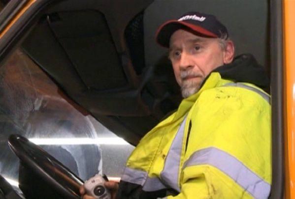 Chicago. Kierowca pługa zatrzymał pijanego kierowcę. Przyparł go do ściany (wideo)