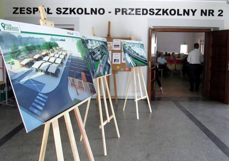 Spotkanie, rozpoczynające konsultacje dotyczące koncepcji budowy trasy tramwajowej na Klin Dębiecki, odbyło się w szkole przy ulicy Łozowej w Poznan