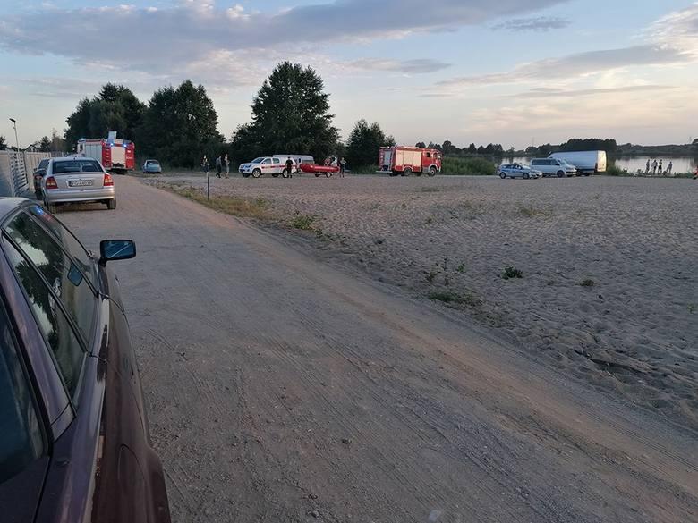 Dramatyczna akcja ratunkowa miała miejsce w niedzielę, 11 sierpnia nad jeziorem Karnin koło Gorzowa. Z wody został wyciągnięty młody mężczyzna. Jak twierdzą