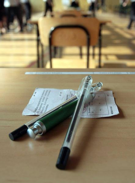 Matura 2010 - wyniki. Zdało 81 procent maturzystów, matematykę zaliczyło 87 procent