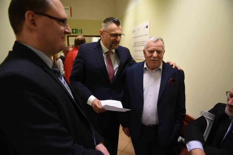 Zapadł wyrok w procesie wyborczym jaki Michał Zaleski wytoczył Tomaszowi Lenzowi z PO. Sąd Okręgowy w Toruniu nakazał Tomaszowi Lenzowi zamieszczenie