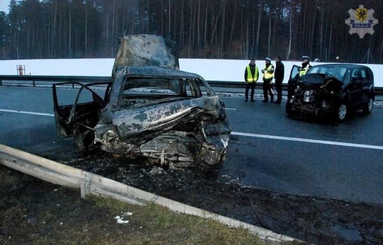Śmiertelny wypadek na autostradzie A1 - styczeń 2018W sobotę 20.01.2018 kilka minut po godzinie 14 dyżurny Komendy Powiatowej Policji w Starogardzie