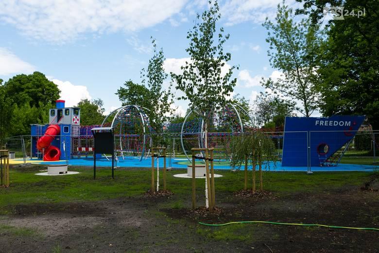 Tak wygląda nowy plac zabaw w Parku Wolności w Podjuchach w Szczecinie