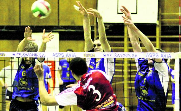 Siatkarze Avii Świdnik przegrali w Hajnówce 1:3 z Pronarem, ale dobrze zagrali w bloku