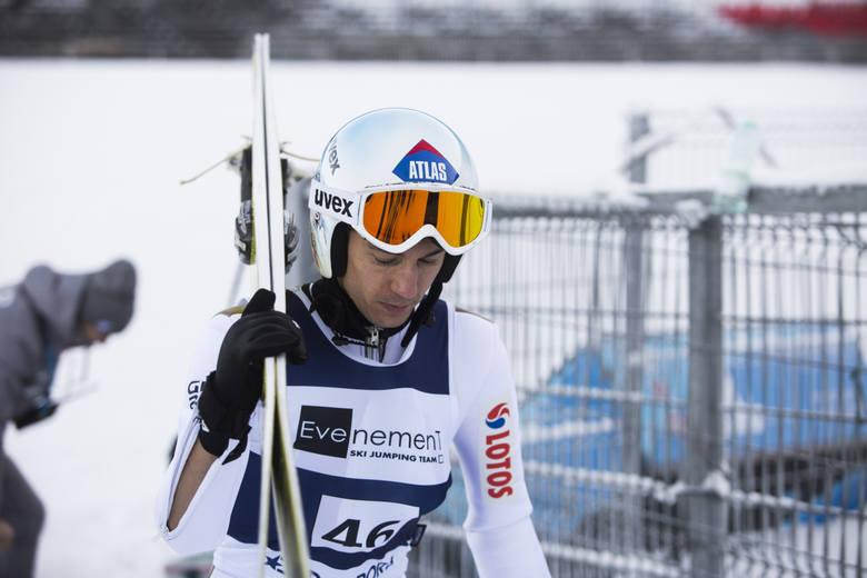 Kamil Stoch zastanawia się czy wystąpić w kwalifikacjach w Bischofshofen, ale w konkursie na pewno będzie skakał. ZOBACZ TRANSMISJĘ NA ŻYWO